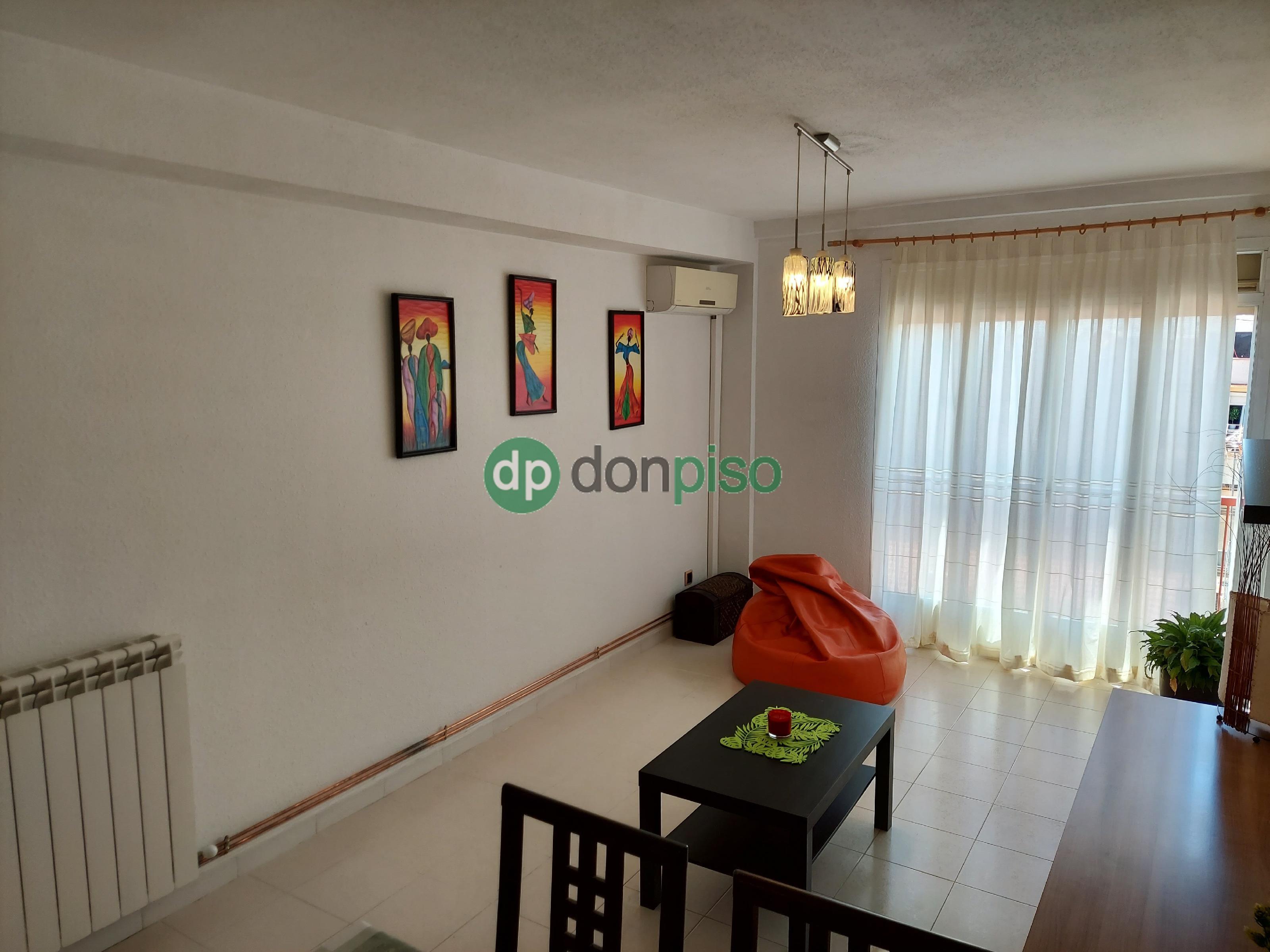 Imagen 1 Piso en venta en Azuqueca De Henares / Entre Renfe y Bulevar de las Acacias
