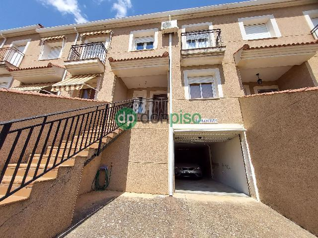 Imagen 1 Inmueble 251515 - Casa Adosada en venta en Espinosa De Henares / Casco urbano Espinosa
