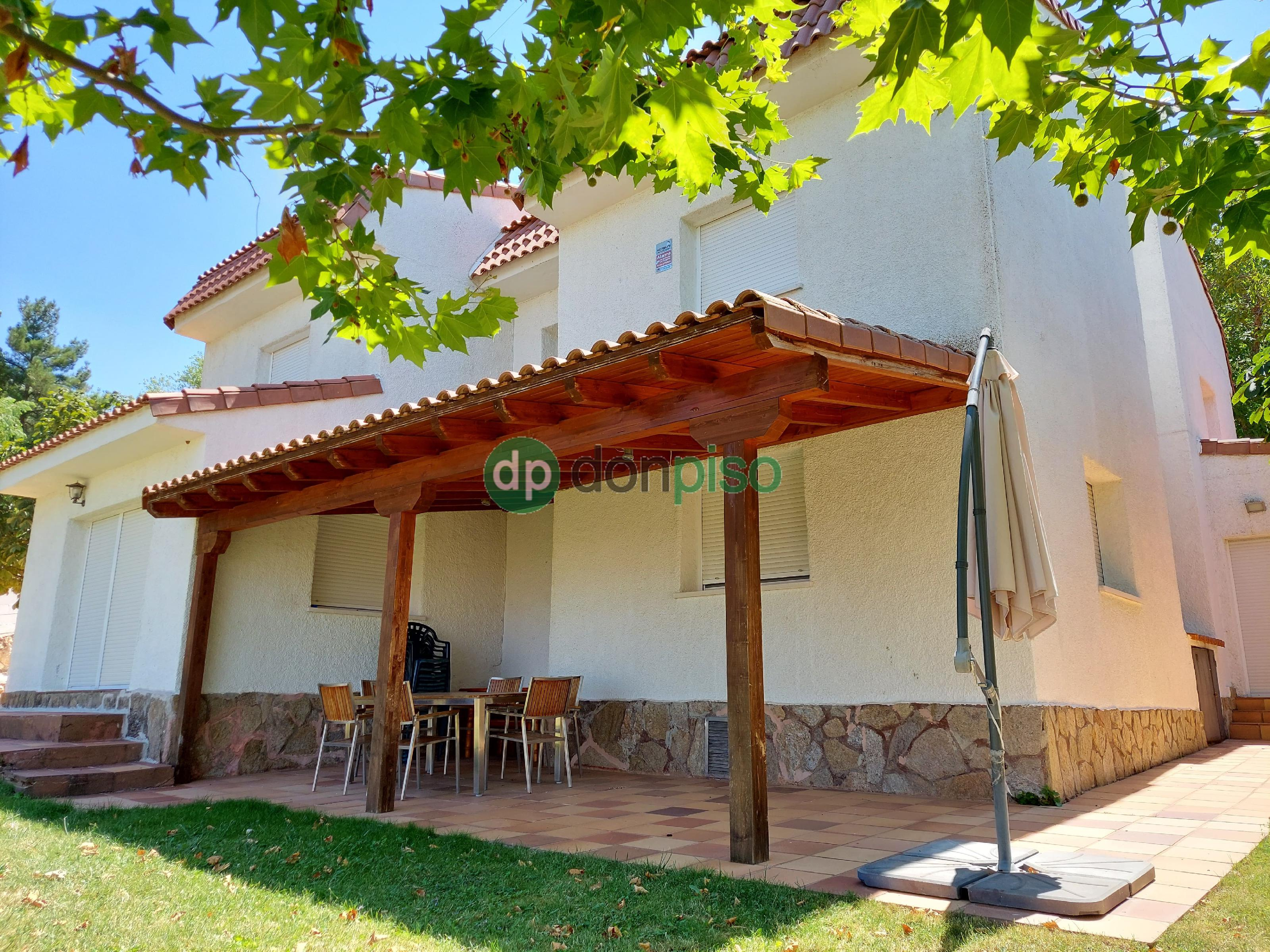 Imagen 4 Casa en venta en Chiloeches / Urb. El Clavín.