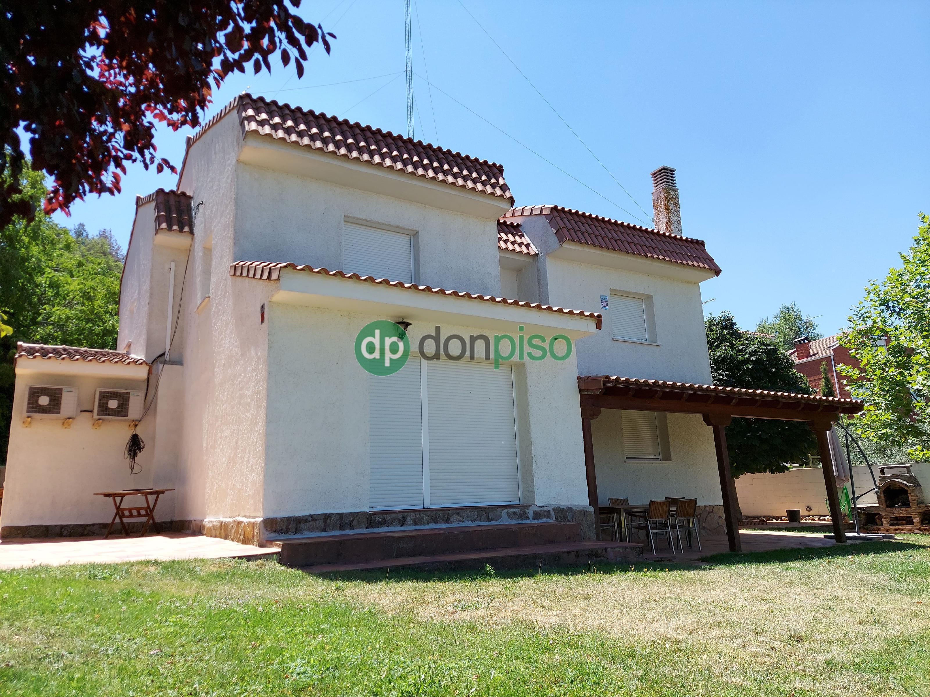 Imagen 3 Casa en venta en Chiloeches / Urb. El Clavín.