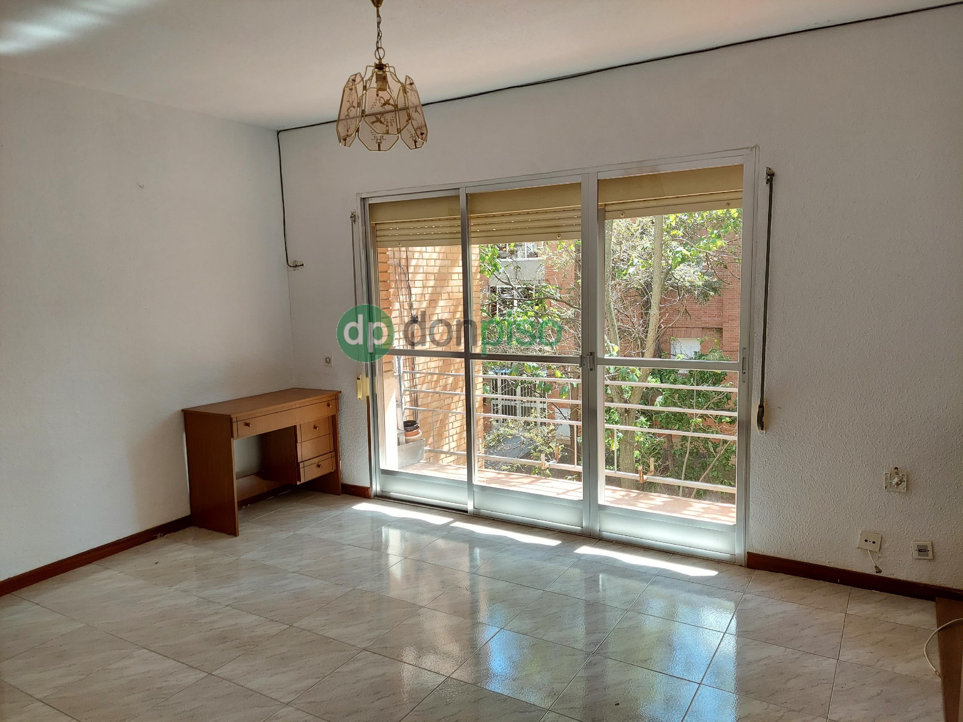 Imagen 2 Piso en venta en Guadalajara / Zona Calle Cifuentes
