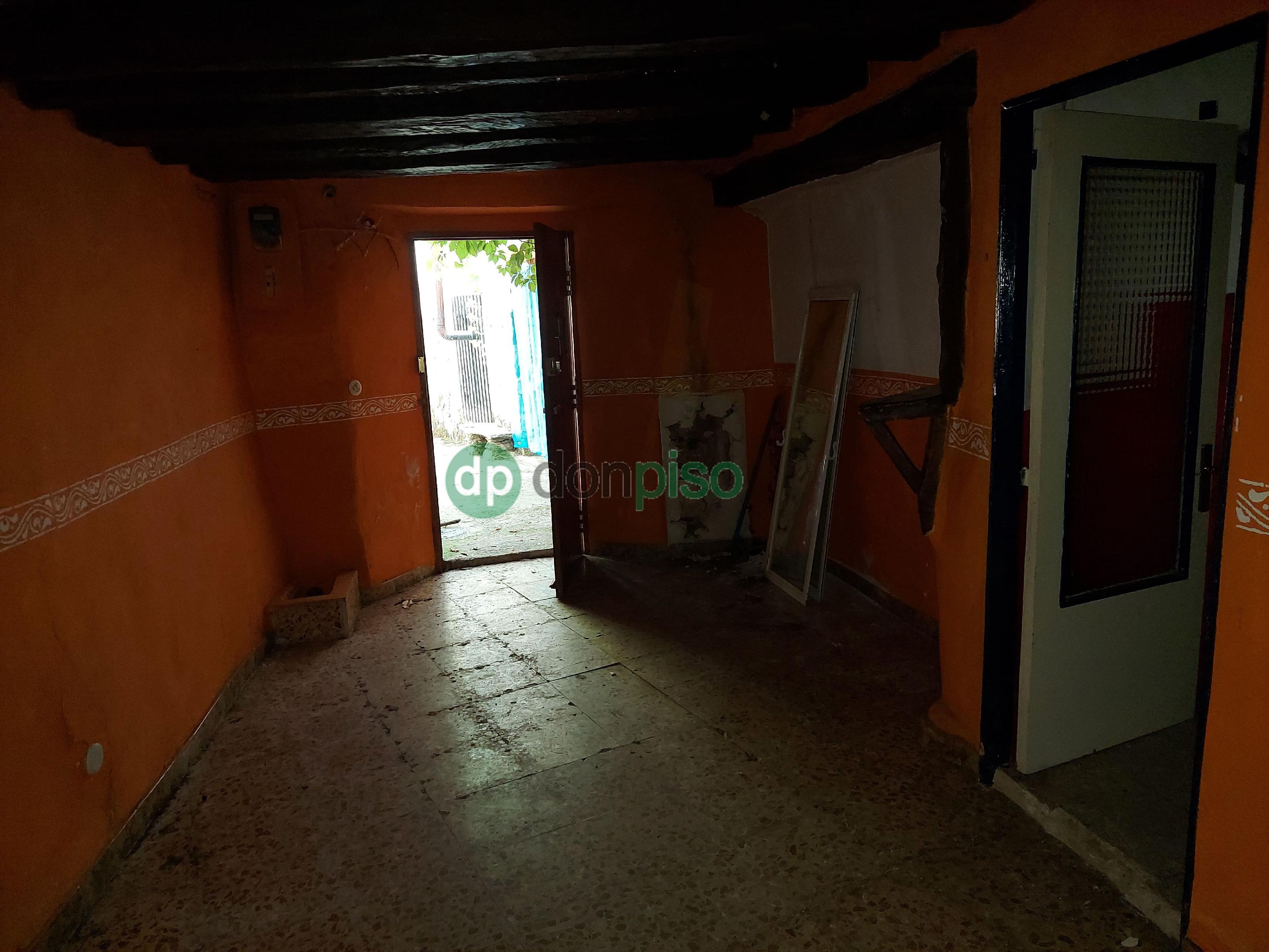 Imagen 4 Casa en venta en Valdesotos / Casco urbano del pueblo