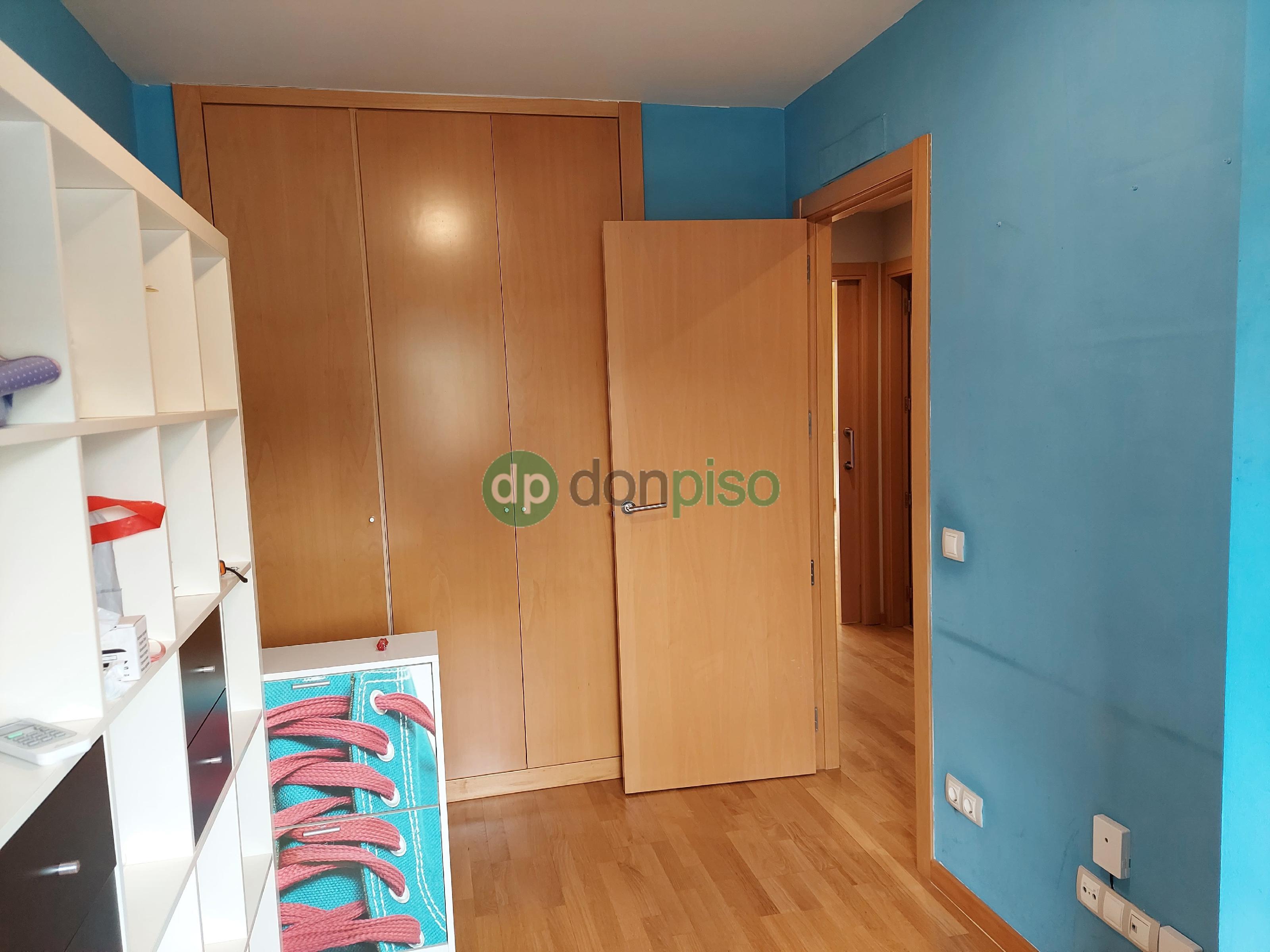 Imagen 3 Casa Adosada en venta en Marchamalo / Zona nueva Oeste