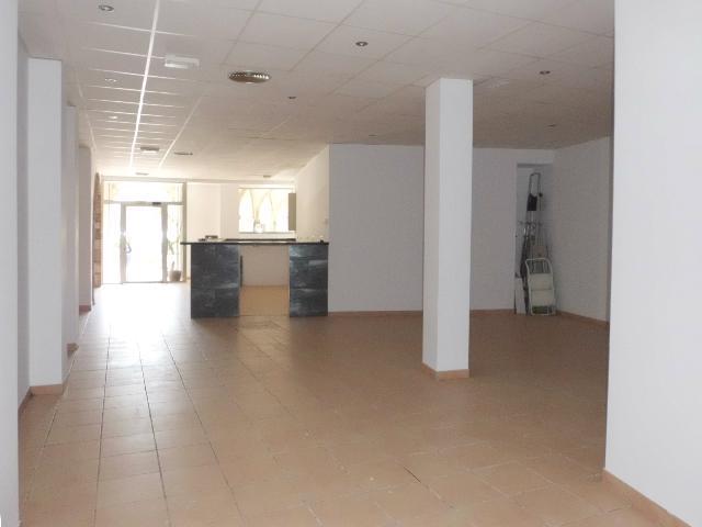 Imagen 1 Inmueble 210542 - Local Comercial en alquiler en Olesa De Montserrat / Centre - Plaça de les Fonts