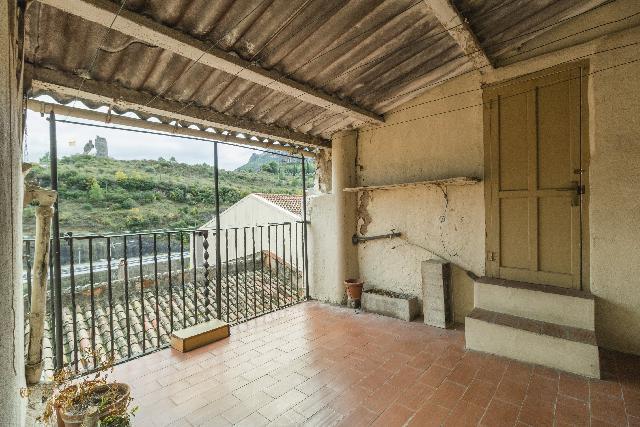 Imagen 1 Inmueble 213452 - Casa Adosada en venta en Monistrol De Montserrat / Plaça del Bo - Bo