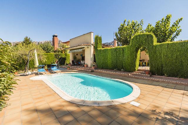 Imagen 1 Inmueble 239553 - Casa en venta en Bruc (El) / Junto Can Ollè - El Bruc Residencial