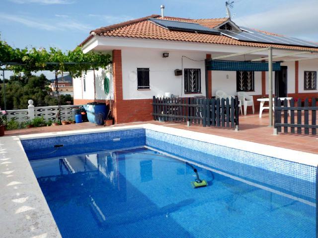 Imagen 1 Inmueble 250548 - Casa en venta en Olesa De Montserrat / Les Ribes Blaves