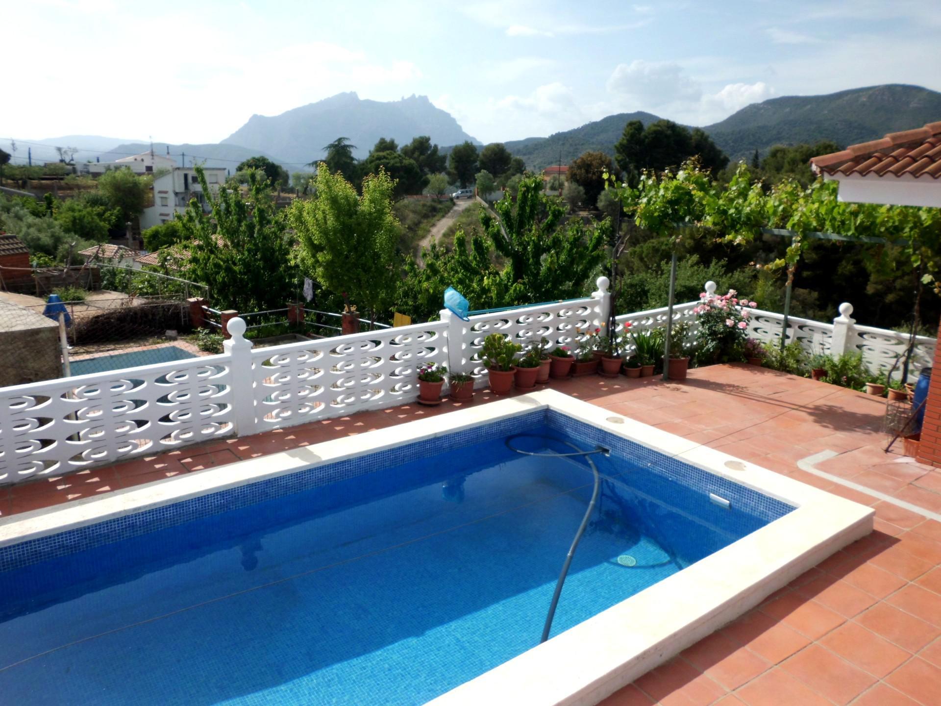 Imagen 3 Casa en venta en Olesa De Montserrat / Les Ribes Blaves