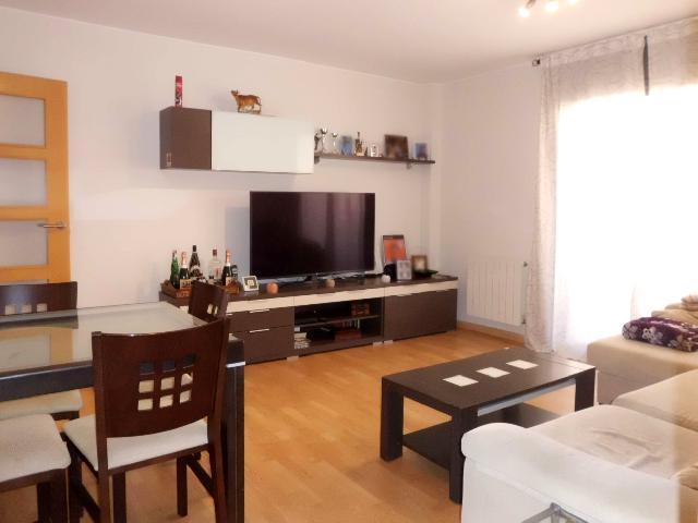 Imagen 1 Inmueble 253925 - Piso en venta en Olesa De Montserrat / Zona Bon Preu - Mercadona