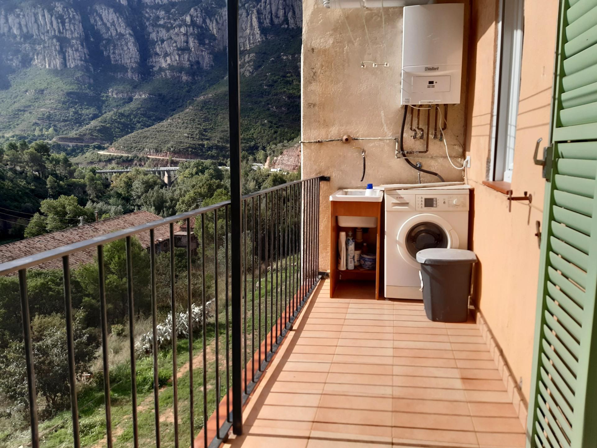Imagen 2 Piso en venta en Monistrol De Montserrat / Zona residencial Can Gomis