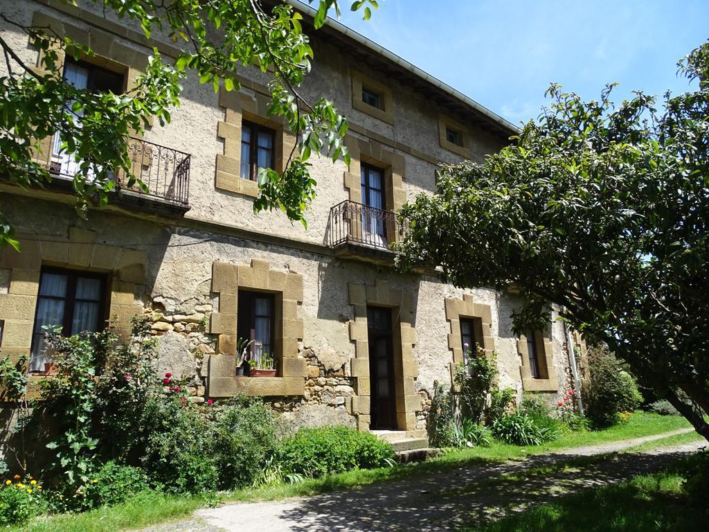 Imagen 4 Casa en venta en Lezama / Situada a 250 metros de la estación de tren
