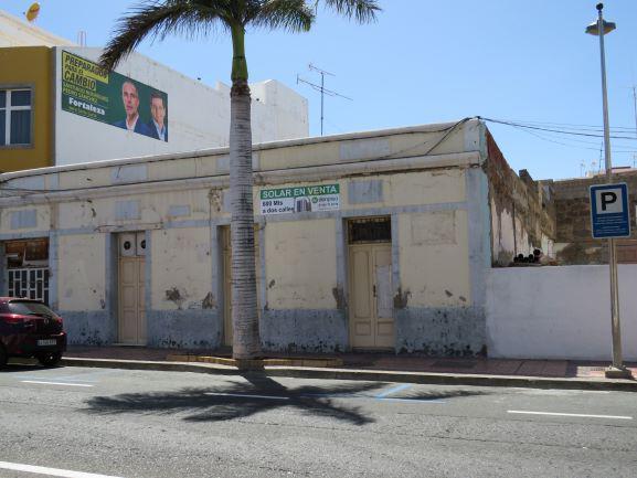 Imagen 1 Inmueble 226516 - Solar Urbano en venta en Santa Lucía De Tirajana / A pocos metros del Cruce de Sardina