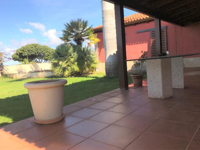Imagen 1 Inmueble 233624 - Casa Adosada en venta en Tacoronte / Urb. Parque Atlántico