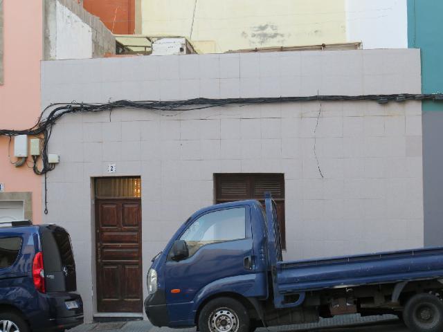 Imagen 1 Inmueble 239384 - Casa en venta en Palmas De Gran Canaria (Las) / En La Isleta, Las Palmas