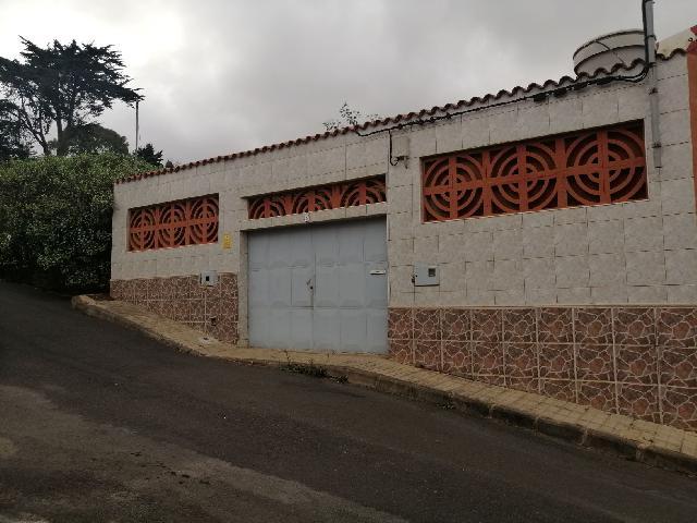 Imagen 1 Inmueble 242097 - Casa Adosada en venta en Arucas / Los Portales-Arucas