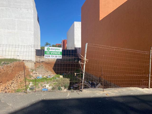 Imagen 1 Inmueble 246476 - Solar Urbano en venta en Santa Lucía De Tirajana /