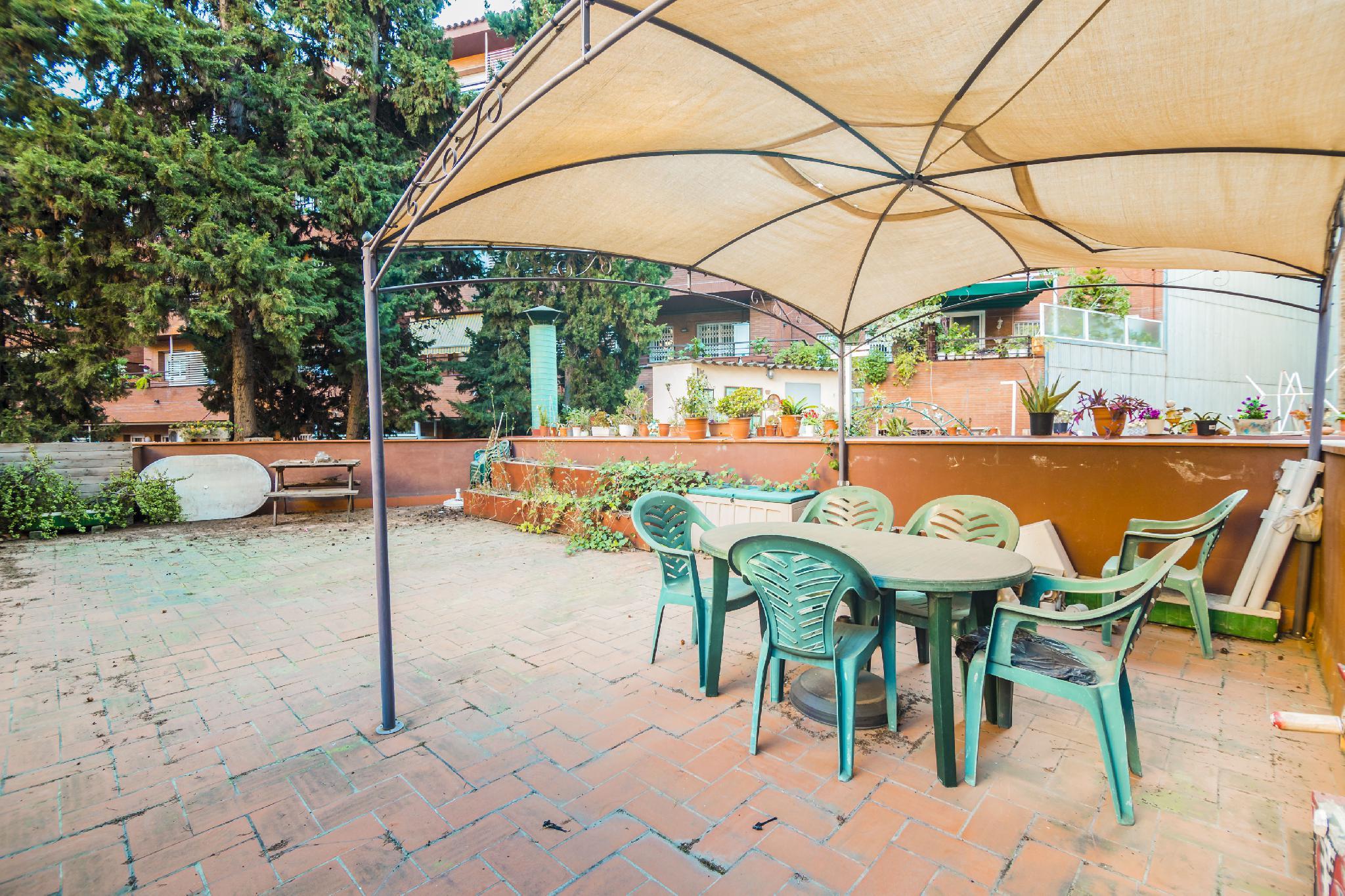 214707 - Junto Plaza España