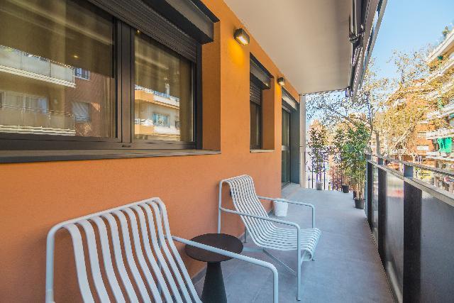 Imagen 1 Inmueble 218759 - Piso en venta en Barcelona / Junto mercado de Hostafranchs a 5m. Plaza Espanya