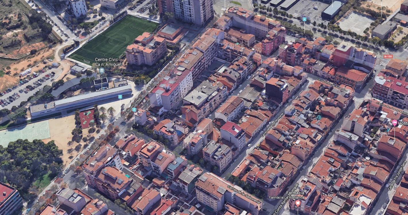 224279 - Cerca de la Plaça Castelao.