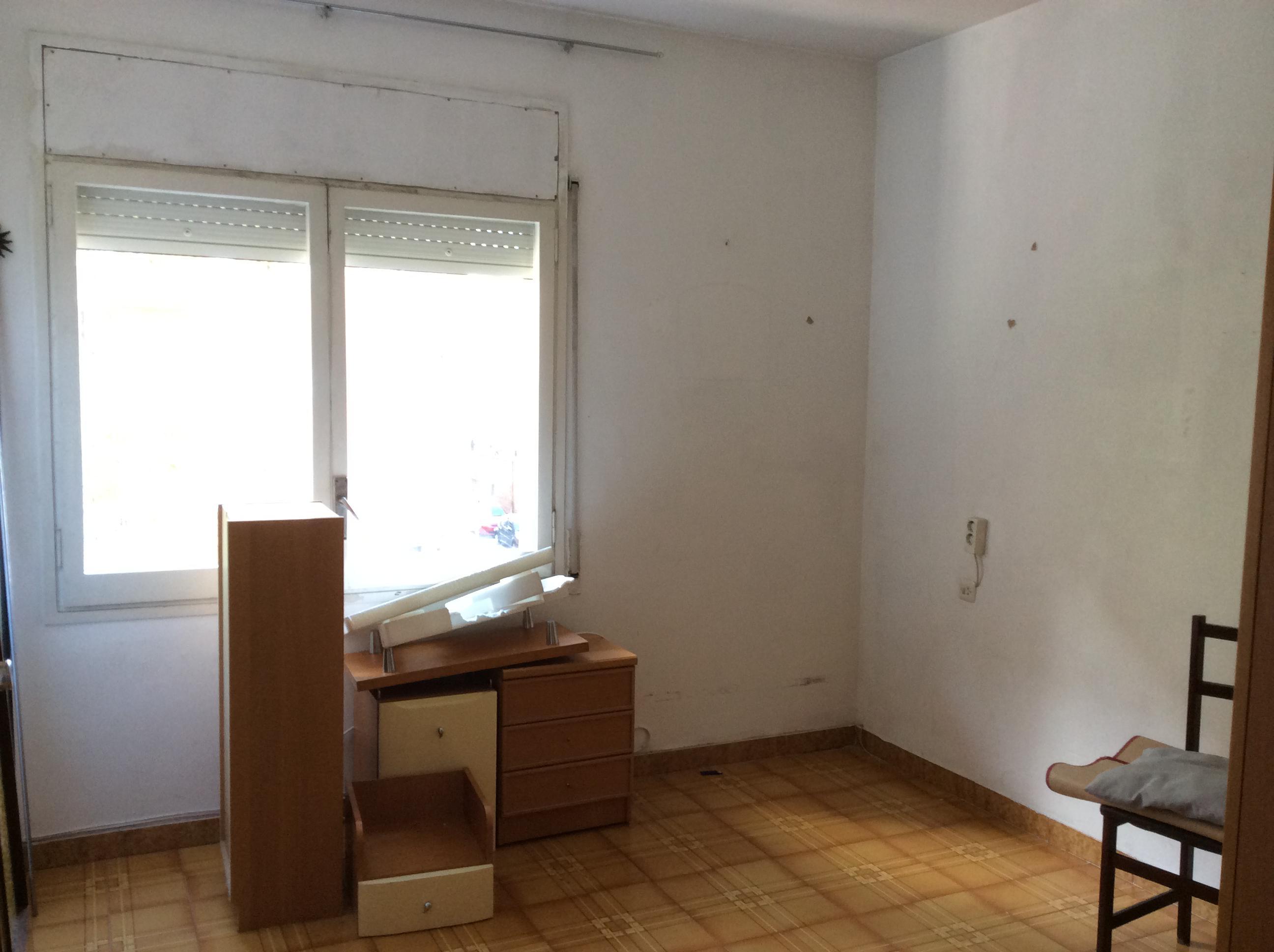 Imagen 2 Piso en venta en Sabadell / Próximo a la Plaça de la Creu de Barberà