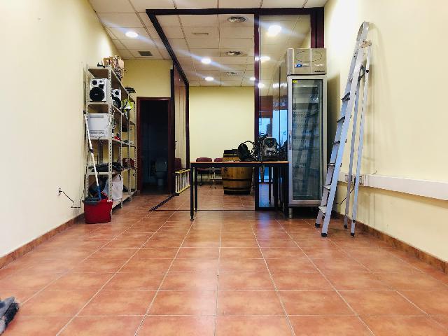 Imagen 1 Inmueble 243787 - Local Comercial en alquiler en Leganés / Calle San Nicasio, junto a calle Butarque