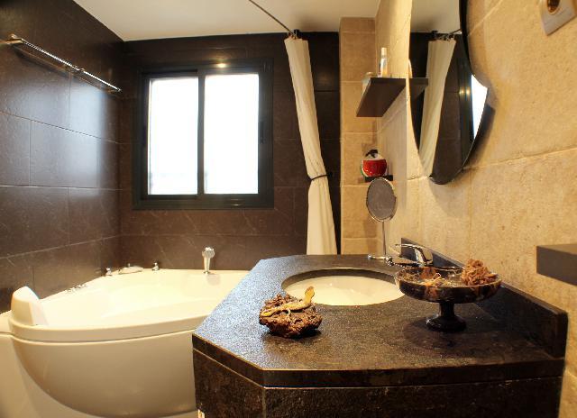Imagen 1 Inmueble 244735 - Casa Adosada en venta en Valdemoro / Urbanización Las Sirenas, El Reston Valdemoro.