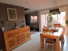 221423 - Casa Aislada en venta en Sant Just Desvern / Zona la Miranda a 7 minutos del centro.