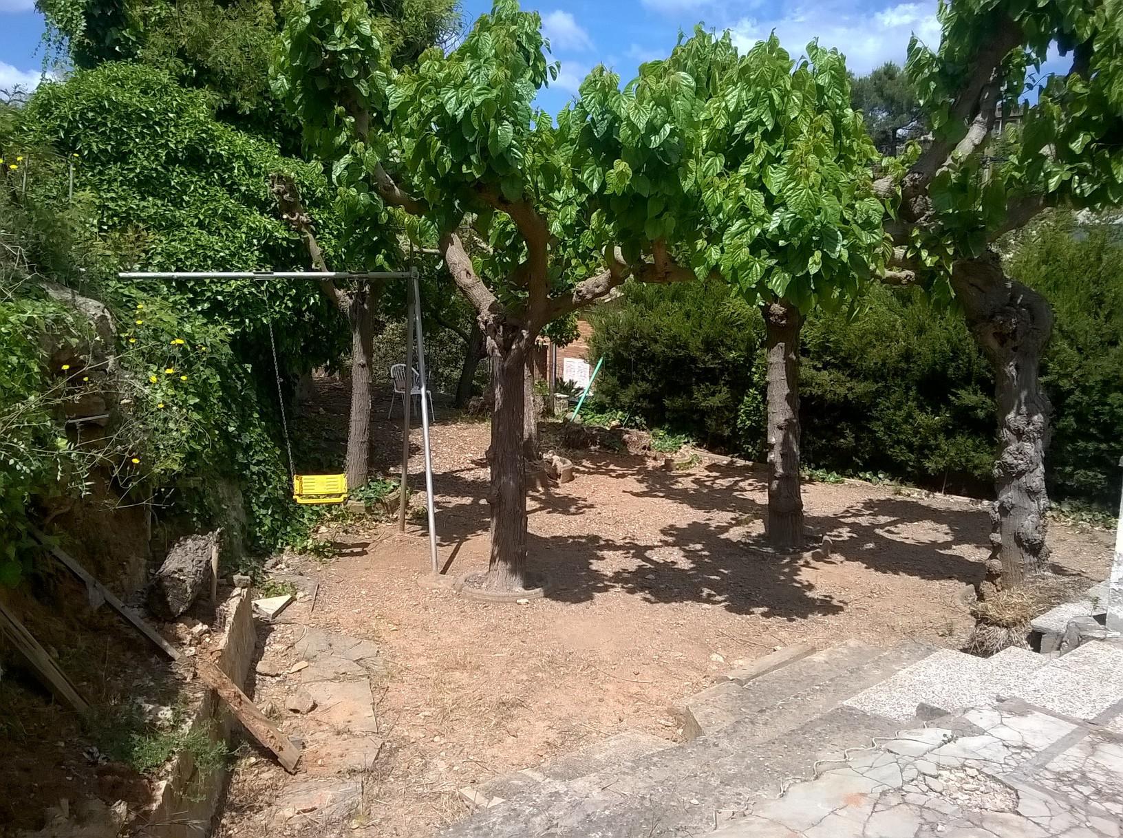 224681 - Cerca de rotonda de la Repsol y del Forn De Pa Artesa