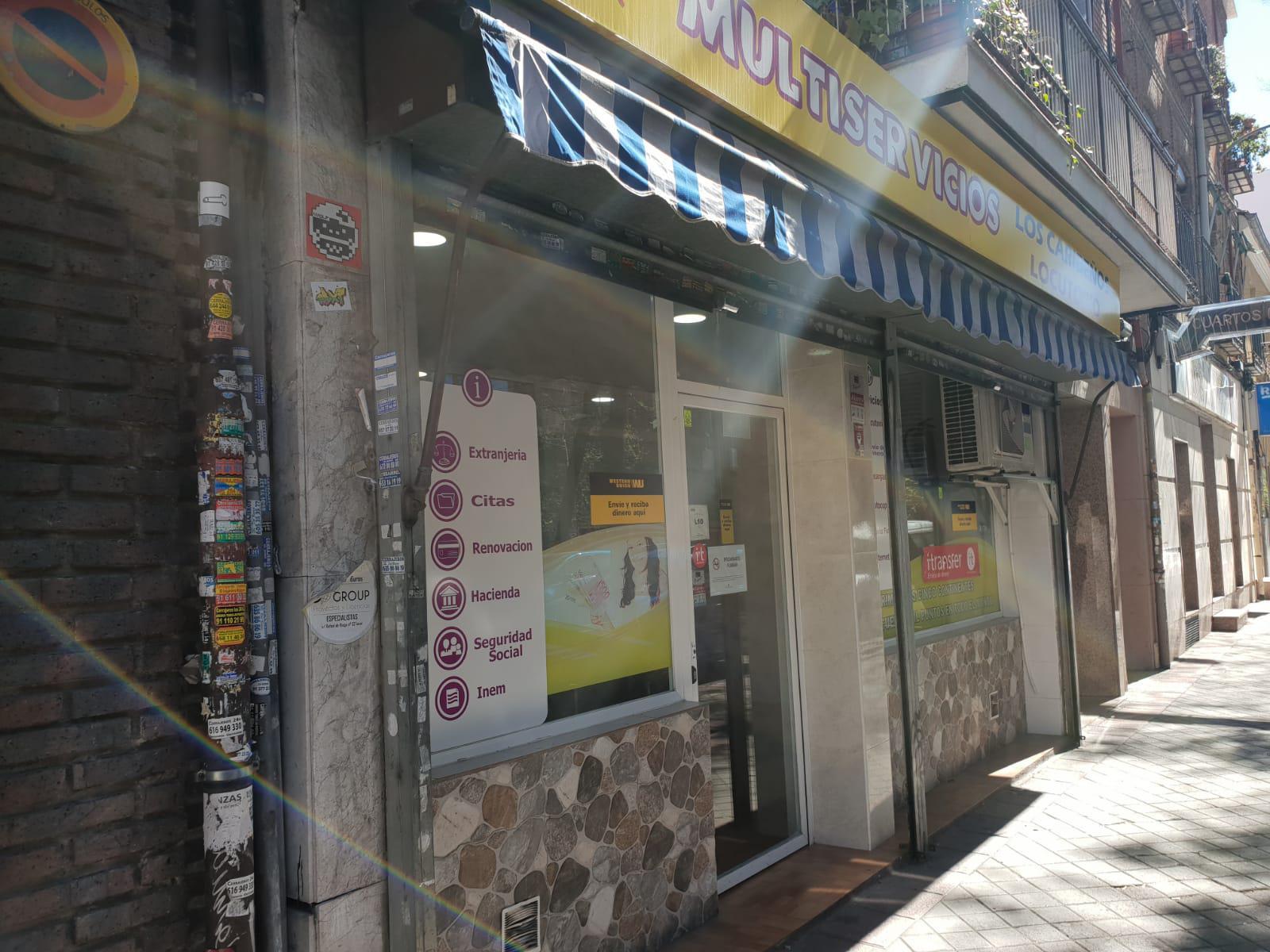 Imagen 2 Local Comercial en venta en Madrid / Muy cerca de la Calle Alcalá, barrio bien consolidado.