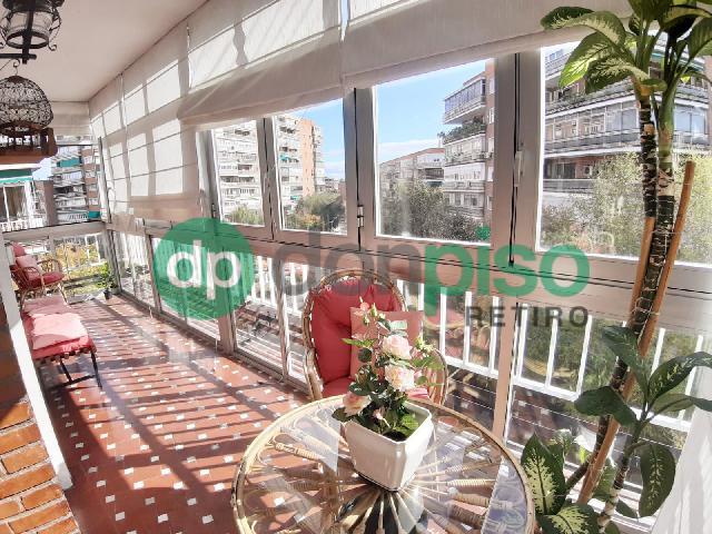 Imagen 1 Inmueble 233884 - Piso en venta en Madrid / A pocos metros del metro Parque de las Avenidas