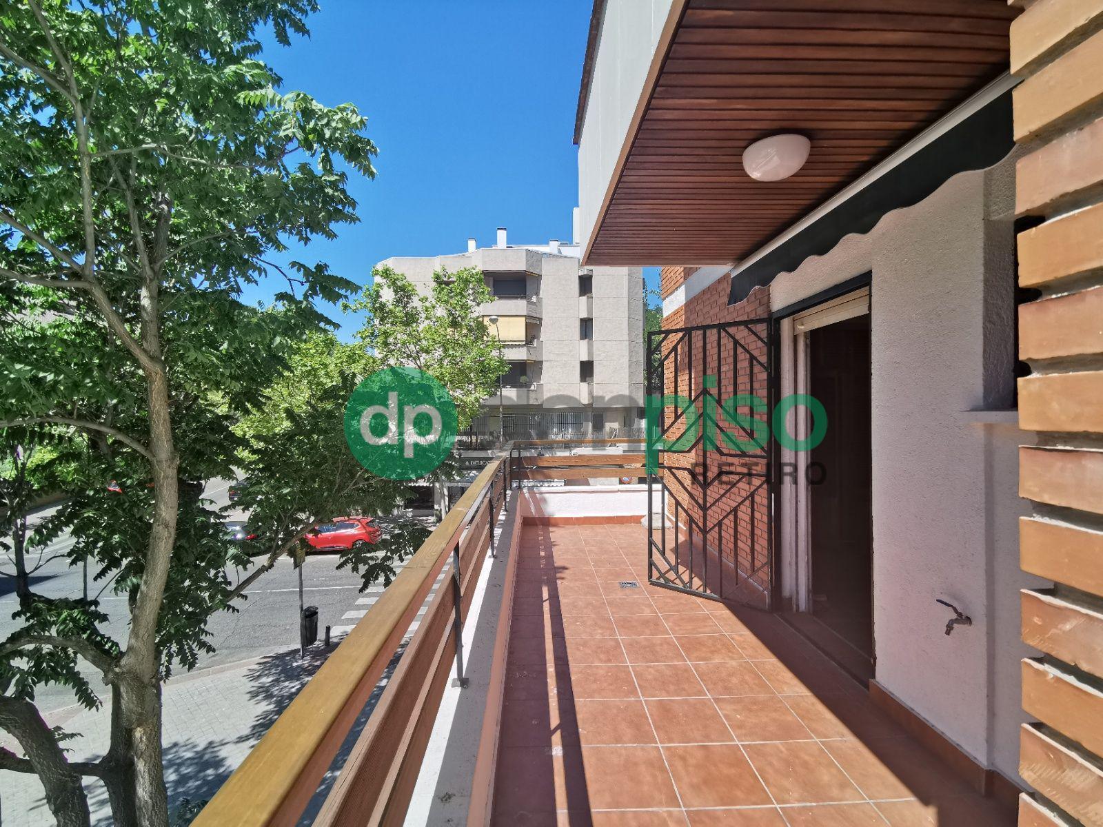 Imagen 1 Piso en alquiler en Madrid / Zona de Arturo Soria