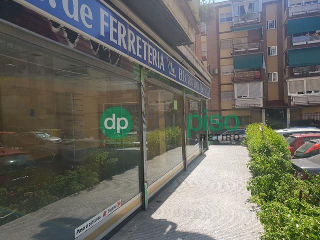 Imagen 1 Inmueble 241777 - Local Comercial en alquiler en Madrid / Entre las estación de Las Águilas y Fanjul