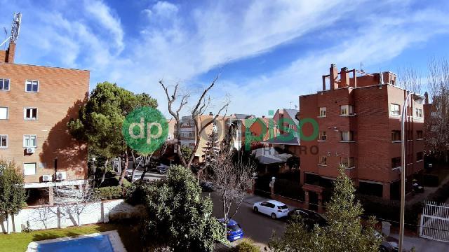 Imagen 1 Inmueble 244792 - Piso en venta en Madrid / Zona de Arturo Soria.
