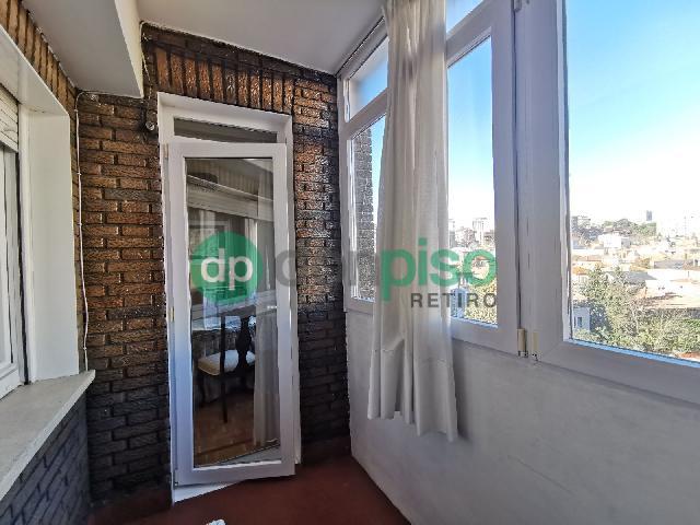 Imagen 1 Inmueble 245151 - Piso en venta en Madrid / Cerca de la plaza Conde Casal