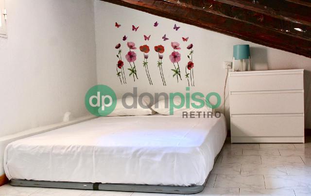 Imagen 1 Inmueble 245832 - Piso en alquiler en Madrid / Al lado del metro de La Latina.