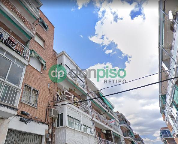 Imagen 1 Inmueble 248057 - Local Comercial en venta en Madrid / A pocos pasos del metro de Ascao
