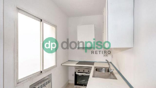 Imagen 1 Inmueble 250185 - Piso en venta en Madrid / Cerca de la plaza conde de casal