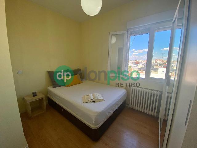 Imagen 1 Inmueble 251835 - Ático en alquiler en Madrid / Entre la Plaza de Toros y Manuel Becerra
