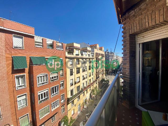 Imagen 1 Inmueble 253247 - Piso en venta en Madrid / Muy cerca de Narvaez