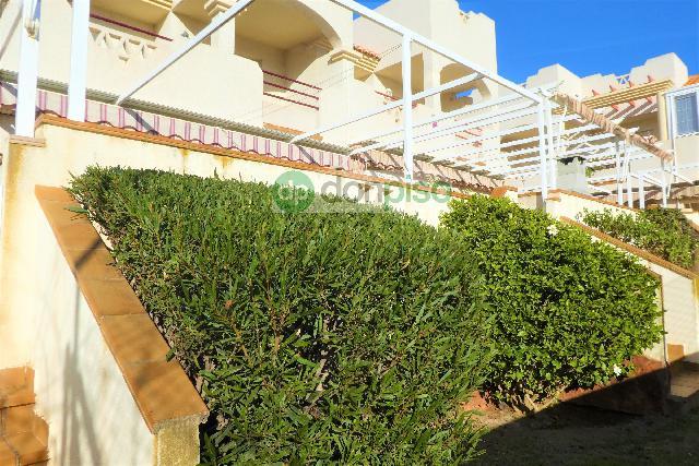 Imagen 1 Inmueble 224926 - Casa Adosada en venta en Ejido (El) / Junto al Mercadona