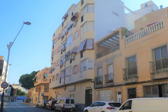 Imagen 1 Inmueble 230200 - Piso en venta en Almería / Rambla Amatisteros junto Federico García Lorca