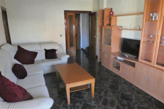 Imagen 1 Inmueble 230241 - Piso en venta en Almería / Barrio de Torrecárdenas