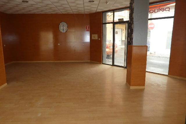 Imagen 1 Inmueble 230703 - Local Comercial en venta en Almería / Cerca de la Bola Azul