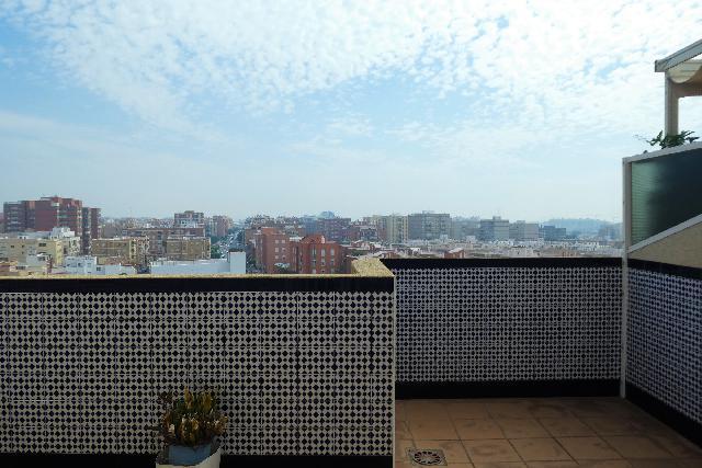 Imagen 1 Inmueble 231674 - Dúplex en venta en Almería / Ctra. Ronda junto San Juan Bosco