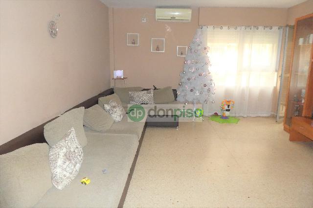 Imagen 1 Inmueble 235065 - Planta Baja en venta en Almería / Junto a Colegio Alfredo Molina Martín