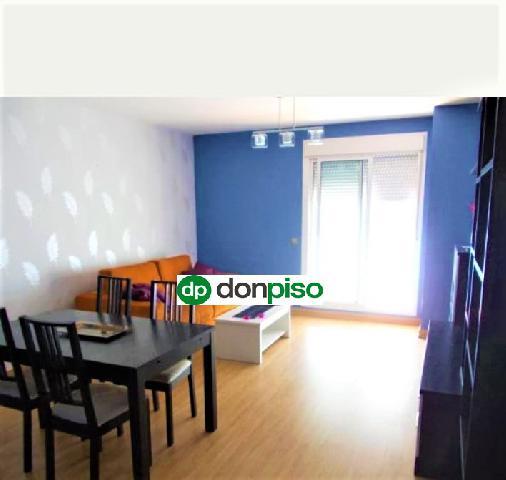 Imagen 1 Inmueble 238116 - Piso en venta en Almería / Junto Centro Comercial Torrecárdenas