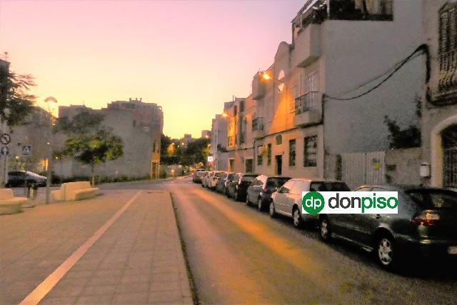 Imagen 1 Inmueble 238118 - Solar Urbano en venta en Almería / Junto a Rambla Federico García Lorca