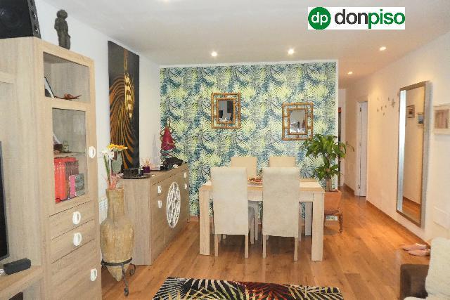 Imagen 1 Inmueble 239143 - Casa en venta en Almería / Urbanización en zona Retamar Norte
