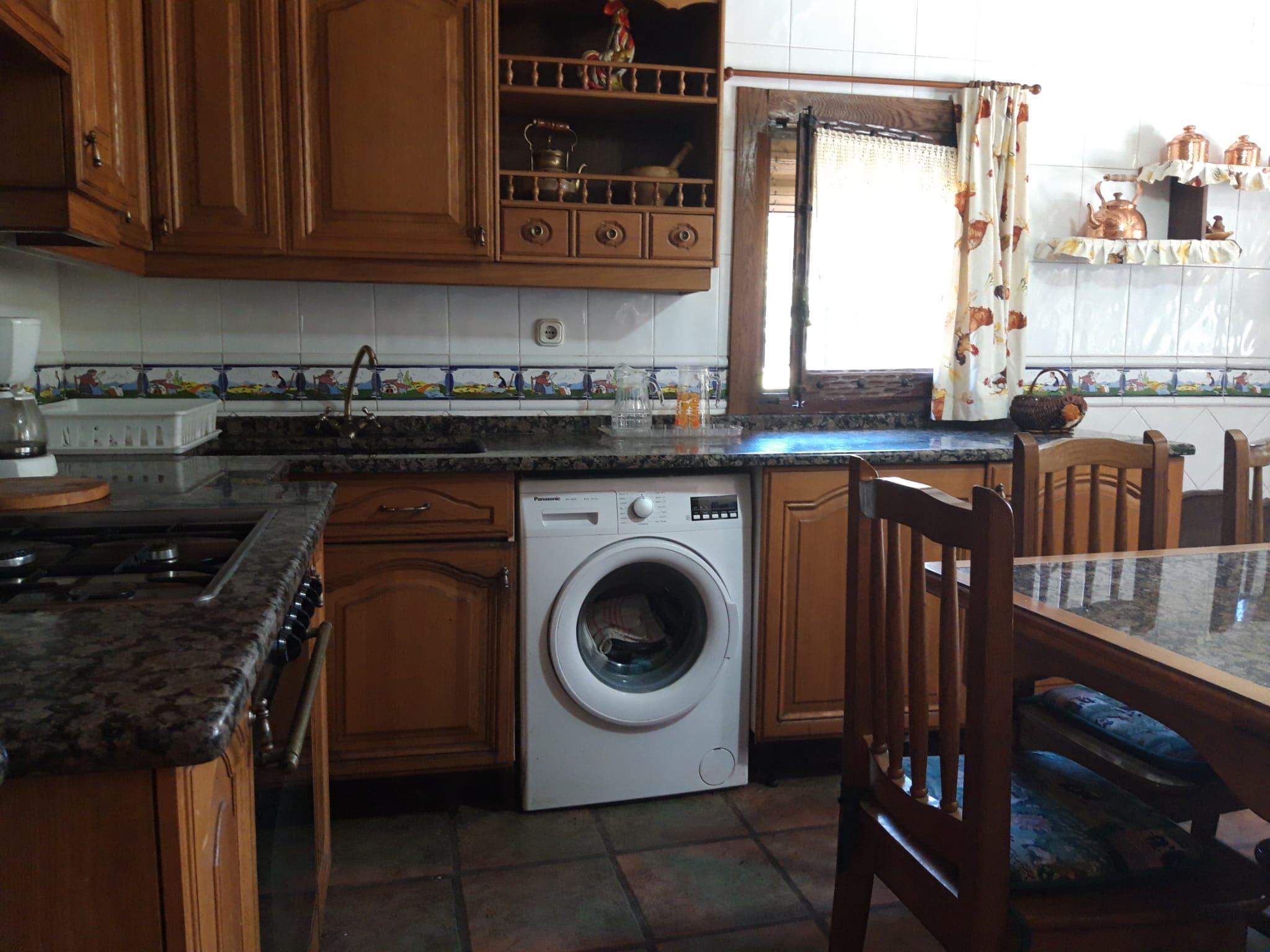 Imagen 2 Casa en venta en Legutiano / En la calle El Granero, Urrunaga