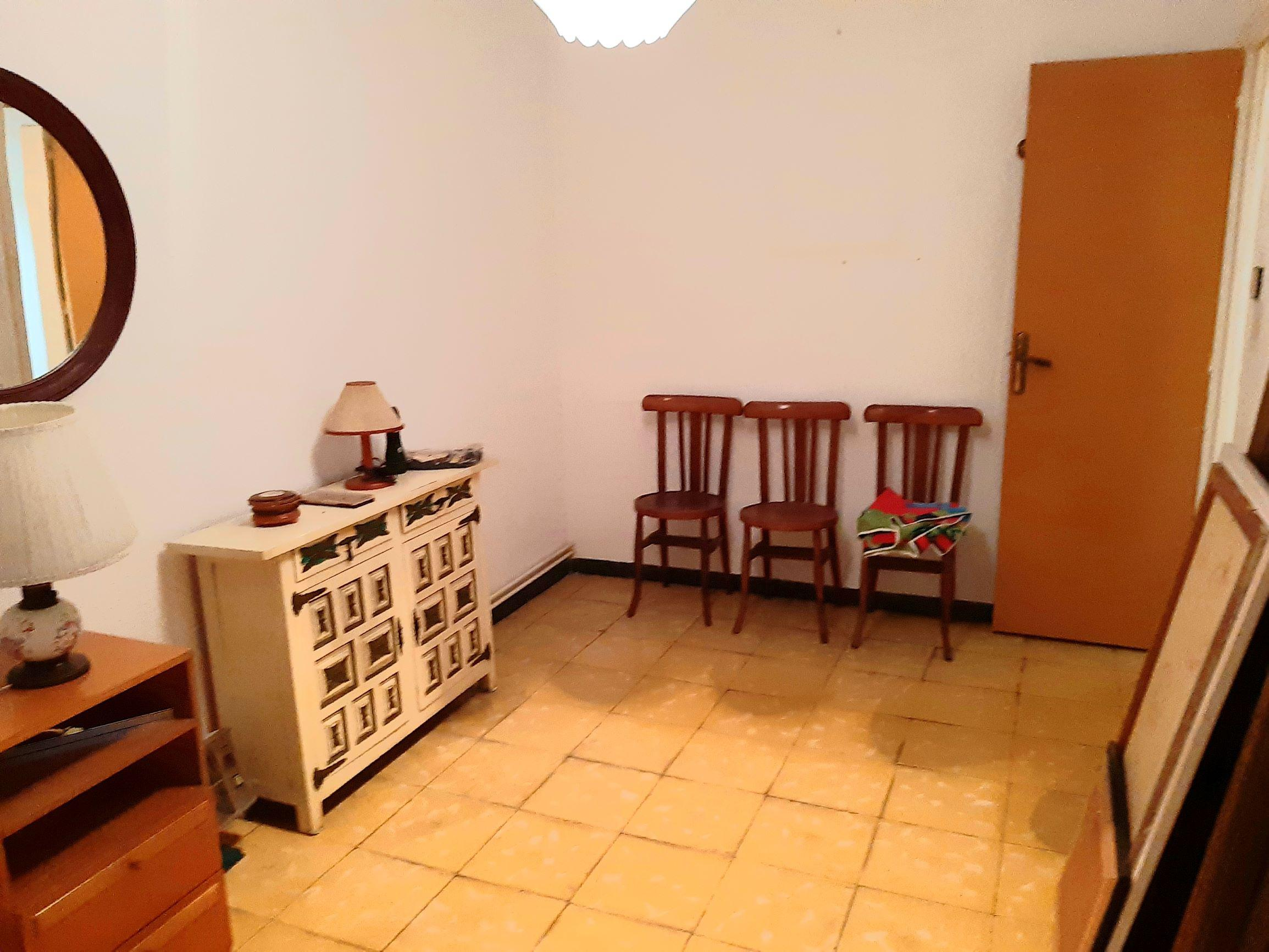 Imagen 4 Piso en venta en Santa Coloma De Gramenet / A cinco minutos metro Can Peixauet